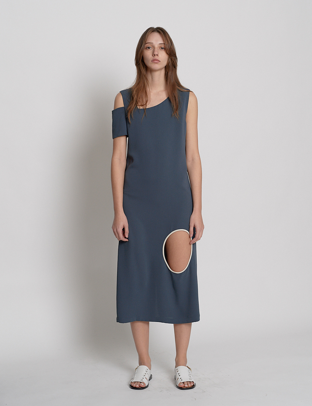 Unbalanced backless Dress