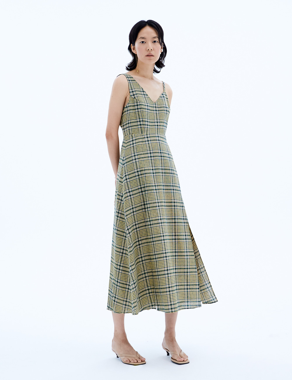 Unbalance Sleeveless Maxi Dress_Check
